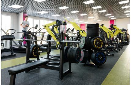 В Томске открылся новый фитнес-клуб «Нефтехимик»
